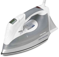 Black & Decker D2030 steam iron